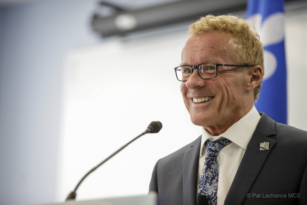 Québec légifère pour mieux encadrer les entreprises