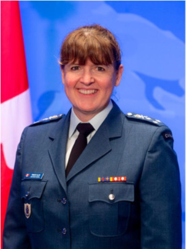 Une première femme nommée numéro deux des Forces armées canadiennes