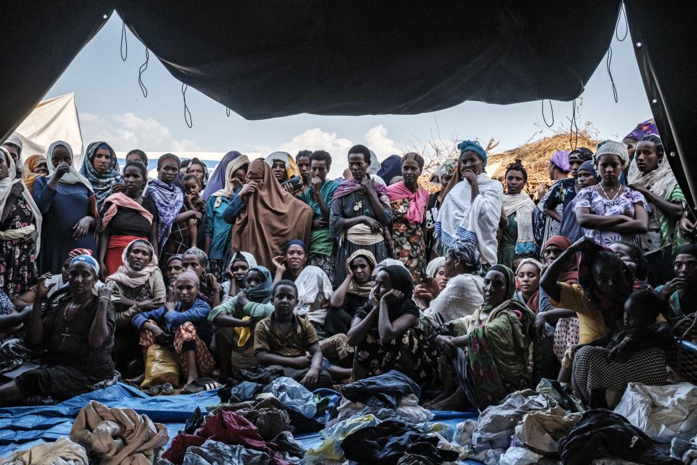 Dessoldats érythréens pillent l'aide alimentaire au Tigré, en Éthiopie
